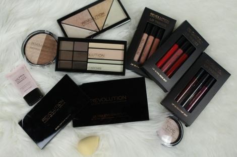 contents-makeup-revolution-london-storage-chest