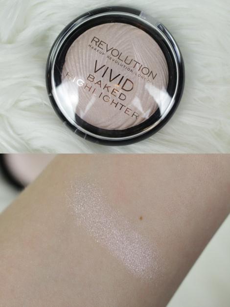 makeup-revolution-london-vivid-baked-highlighter-peach-lights